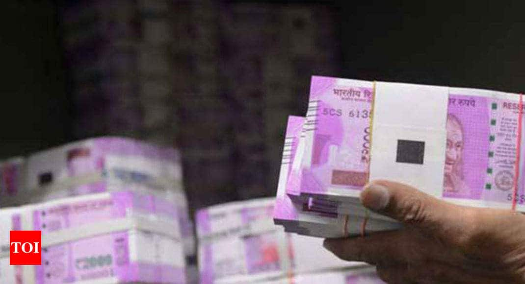 2cd66a2d73bb I-T recovers Rs 1.64 crore cash